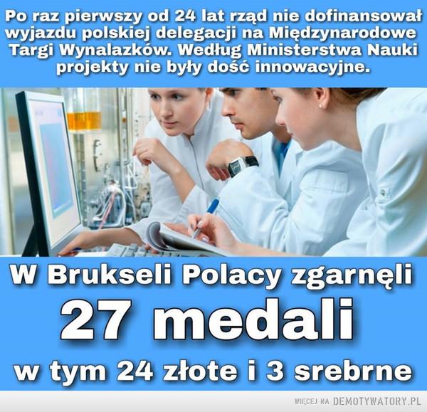 27 medali –